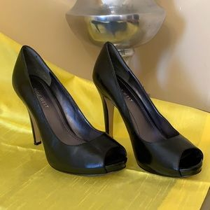 Nine West Black Leather Peep-toe Heels Size 7